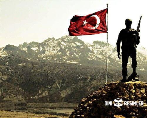 dini-turk-bayrakli-resimler-3